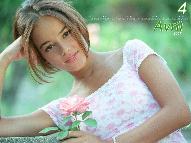 Blonde – Alizée 艾莉婕 专辑 在线音乐试听 mp3试听 歌曲试听的照片 - 3