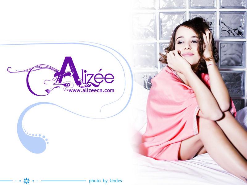 Blonde – Alizée 艾莉婕 专辑 在线音乐试听 mp3试听 歌曲试听的照片 - 2
