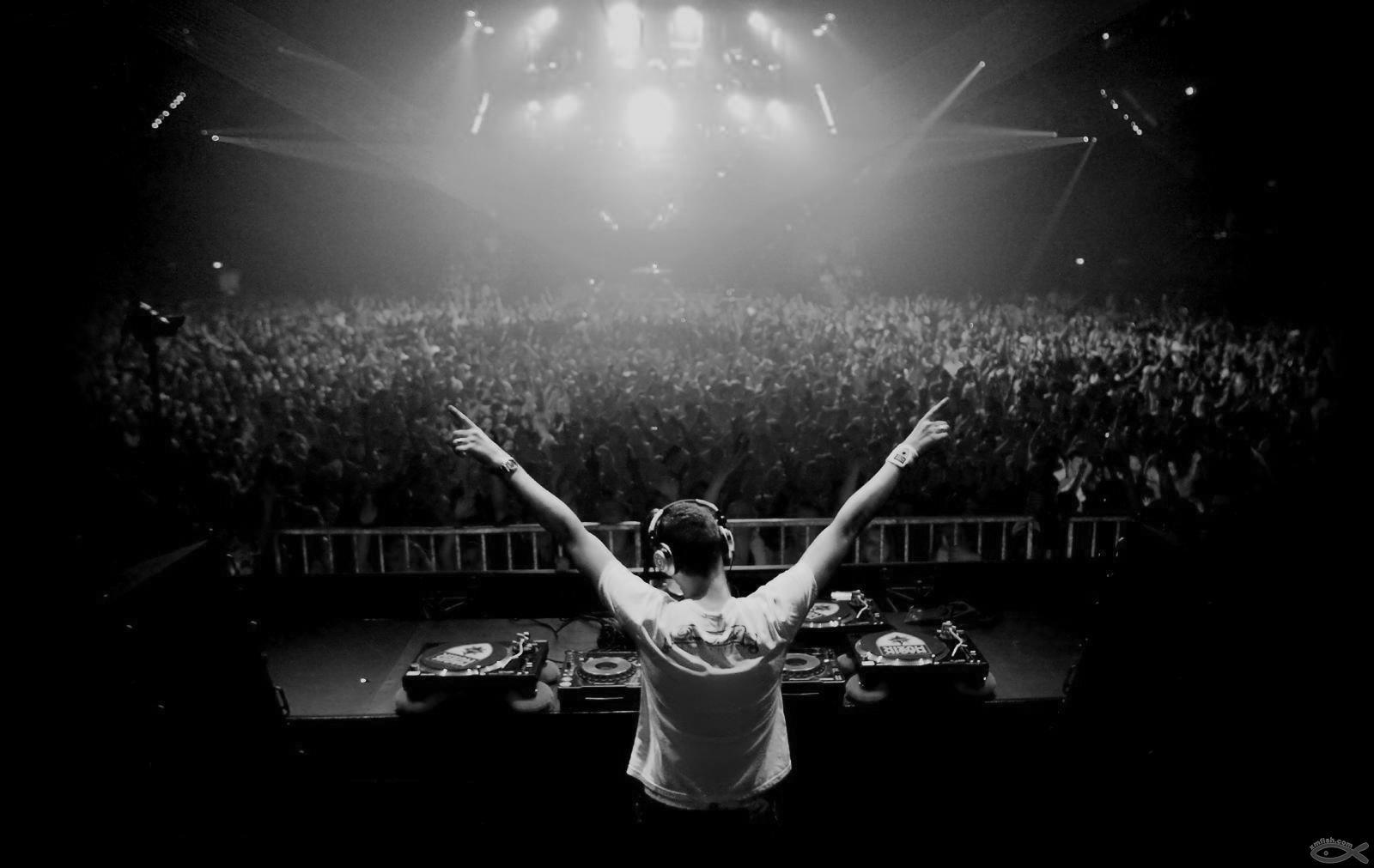 DJ 电子舞曲
