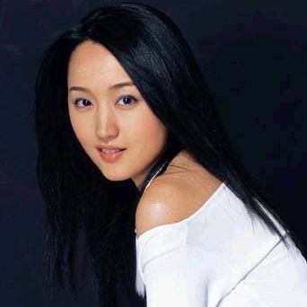 杨钰莹—— 轻轻的告诉你
