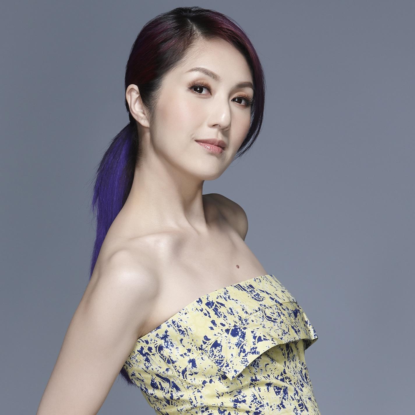 此张专辑是香港女歌手《杨千嬅》的经典粤语