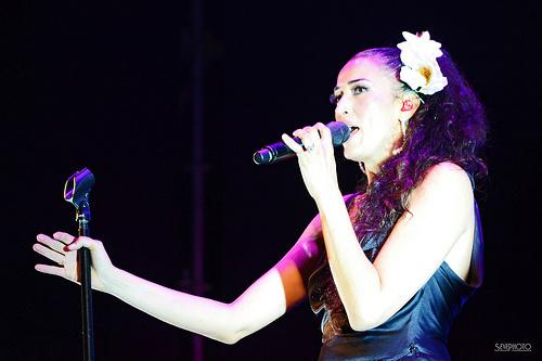 o Sono Italia 意大利语歌曲专集之3 Nina Zilli